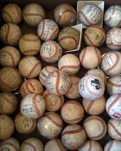 baseballs_250.jpg